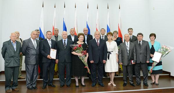 Глава Северной Осетии вручил государственные награды ко Дню России