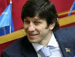 Эльбрус ТЕДЕЕВ: «В идеале Украина должна стать красивым монолитным мостом между Европой и Россией, Азией»