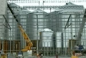 Таймураз Мамсуров побывал на строительстве нового элеватора в Алагирском районе