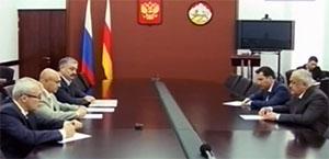 Таймураз МАМСУРОВ: «Нет таких вопросов, которые нельзя в порядке совместного обсуждения решить»