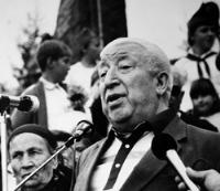 Александр Дзасохов: Расул Гамзатов был большим другом Осетии и всего Кавказа