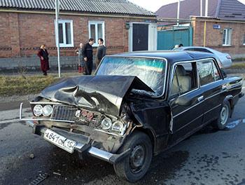 В Ардоне женщина за рулем «ВАЗ-21140» совершила столкновение с «шестеркой»