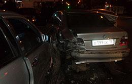 В аварии во Владикавказе «сошлись» две иномарки и две «Лады»