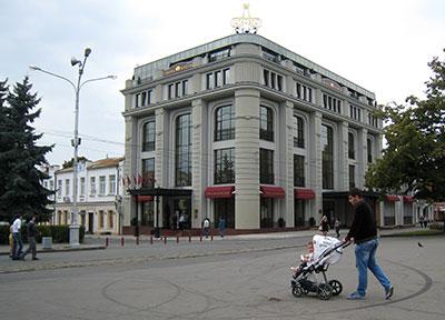 Таймураз БОЛЛОЕВ признался, что его гранд-отель во Владикавказе приносит одни убытки