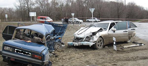 В Северной Осетии после столкновения «шестерки» с «Мерседесом» погибли четыре человека