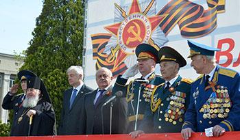 Во Владикавказе и в Цхинвале прошли парады Победы