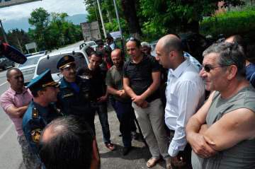 Военно-Грузинская дорога остается закрытой