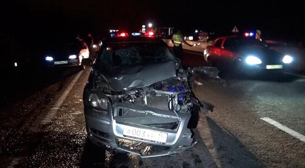 На выезде из Владикавказа иномарка насмерть сбила двух мужчин