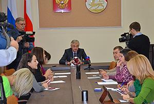 Алексей МАЧНЕВ: «Было бы плохо, если бы парламент смотрел на жизнь через розовые очки»