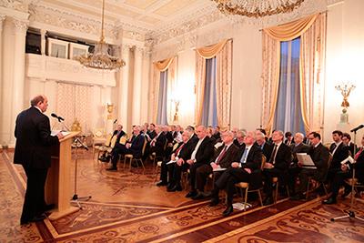 Александр ДЗАСОХОВ: «В вопросах внешней политики в нашей стране солидарная позиция»