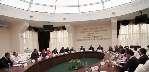 Сергей ДЗАНТИЕВ намерен превратить Владикавказ в самый зеленый город России
