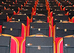 Чиновников в Северной Осетии больше, а получают они меньше