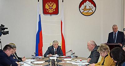 «Патриоты» и «единороссы» по-разному восприняли антикризисный план правительства Северной Осетии