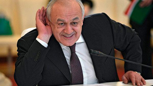 Таймураз Мамсуров отпрашивается с поста