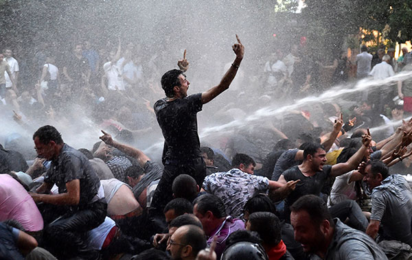 Ереванский «майдан»: как рост тарифов спровоцировал массовые протесты
