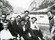 Юбилейный портрет осетинских писателей в Дарьяльском ущелье