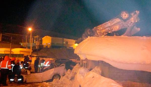 Смертельное ДТП: «Мерседес» перевернулся у въезда в Рокский тоннель
