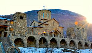 Около 6 тыс. человек отпраздновали Крещение в самом высокогорном в России монастыре