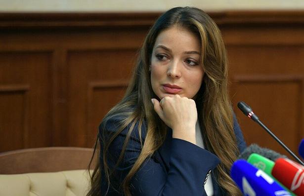 Глава Ростуризма Зарина ДОГУЗОВА начинала карьерный взлет в газете «Южная Осетия»